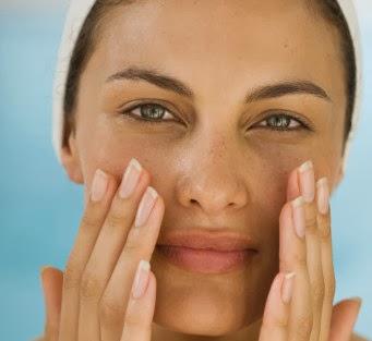 Tips Cara Mengatasi Wajah Kering Dan Kusam