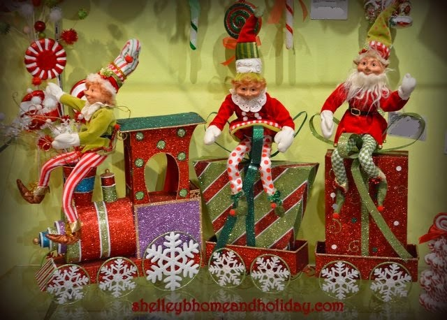 the gallery for animated christmas elves decorations animated christmas elves decorations - Animated Christmas Elves Decorations