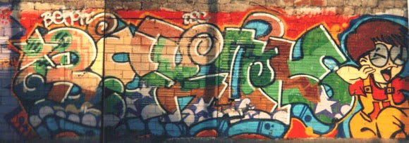 Graffiti con Heiz Bzk de la vieja escuela de Barcelona