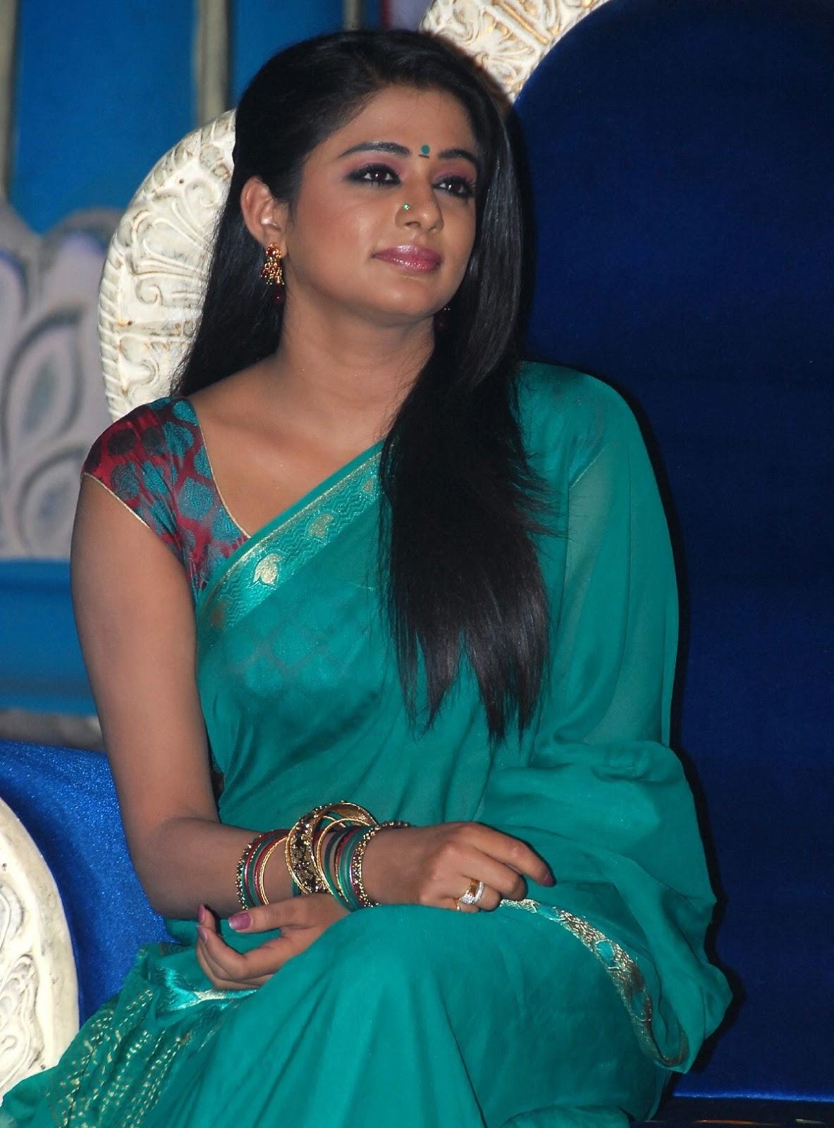 ... clips, Tamil Actress, Priyamani Hot Dress Removing,Priyamani in