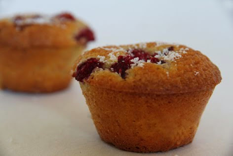 Muffins à l'huile d'olive coco-framboise