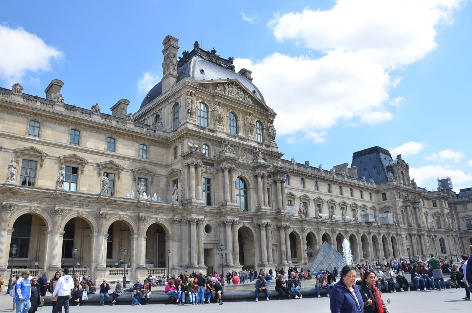 Paris day 3 to the louvre frustrated pilot - Louvre architekt ...