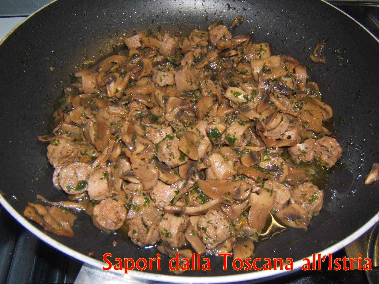 Sapori dalla Toscana all\'Istria: Gnocchi di patate con luganighe e ...