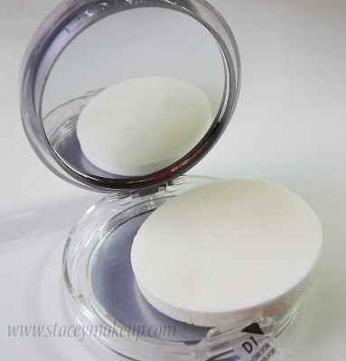 L'Oreal Paris Alliance Perfect Compact Powder sponge