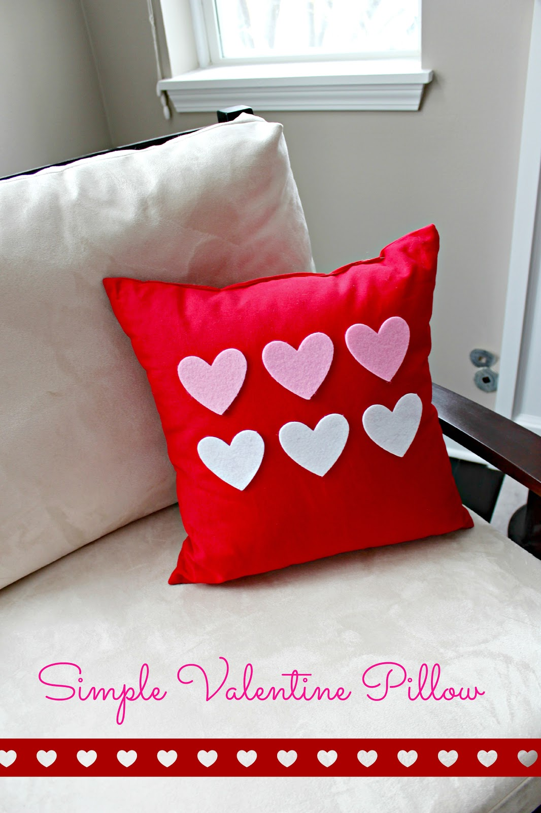 Decorative Valentine Pillows : Simple Valentine Pillow Decor Delightfully Noted