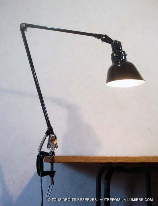 lampe dessinateur allemande. Black Bedroom Furniture Sets. Home Design Ideas