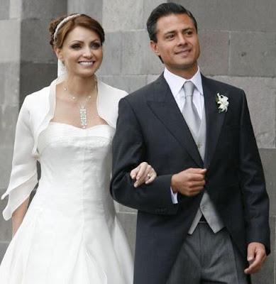 Angélica Rivera y Enrique Peña felices por su boda