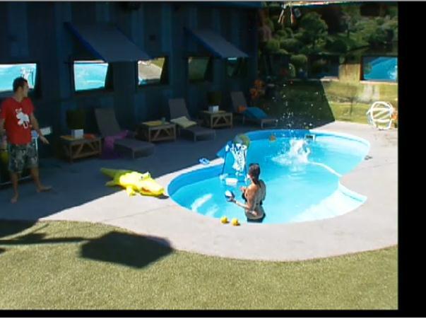 Big Brother USA Live Feed Updates Dan Pranks Danielle #BB14