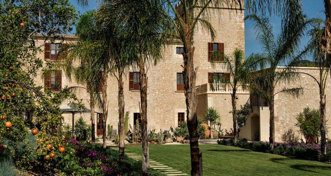 castell son claret lugares con encanto oferta promociones hotel lujo mallorca