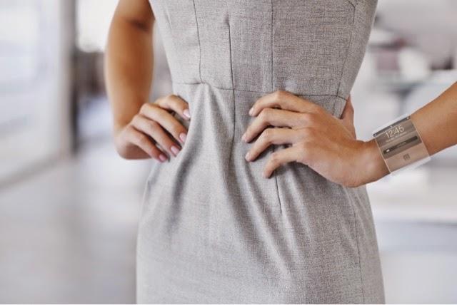 Wearable Technology v. Fashion ©iStock.com/Yuri_Arcurs