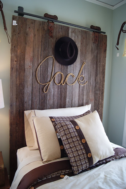 Headboard Ideas For Boys Rooms - Design Dazzle