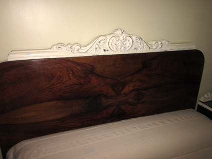 El laboratorio manual de clementina reciclaje de muebles con pintura a la tiza cama - Muebles a la tiza ...