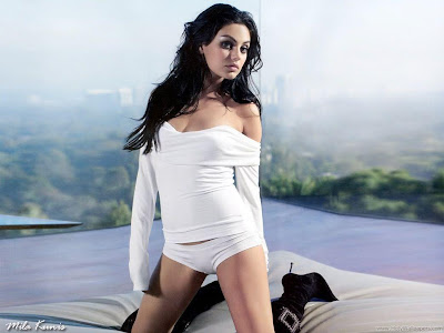 Hollywood Actress Mila Kunis HD Fantastic Wallpaper