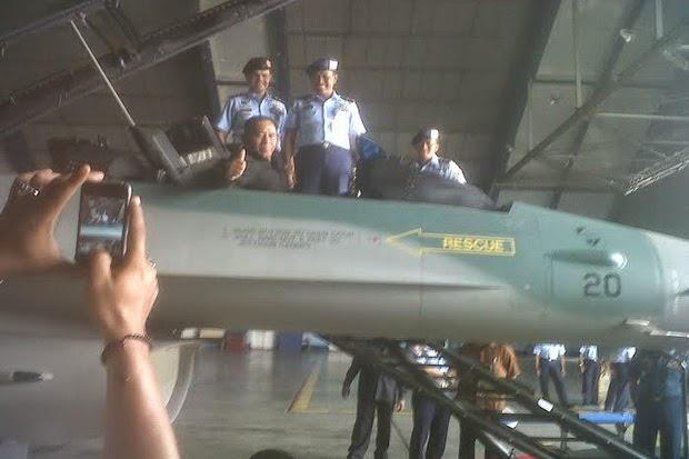 Menhan Pantau Kondisi 3 Pesawat Tempur Indonesia