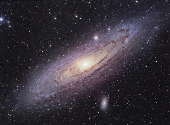 Foto Terbaru Megahnya Galaksi Andromeda
