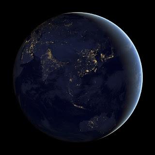 Gambar Bumi pada waktu malam