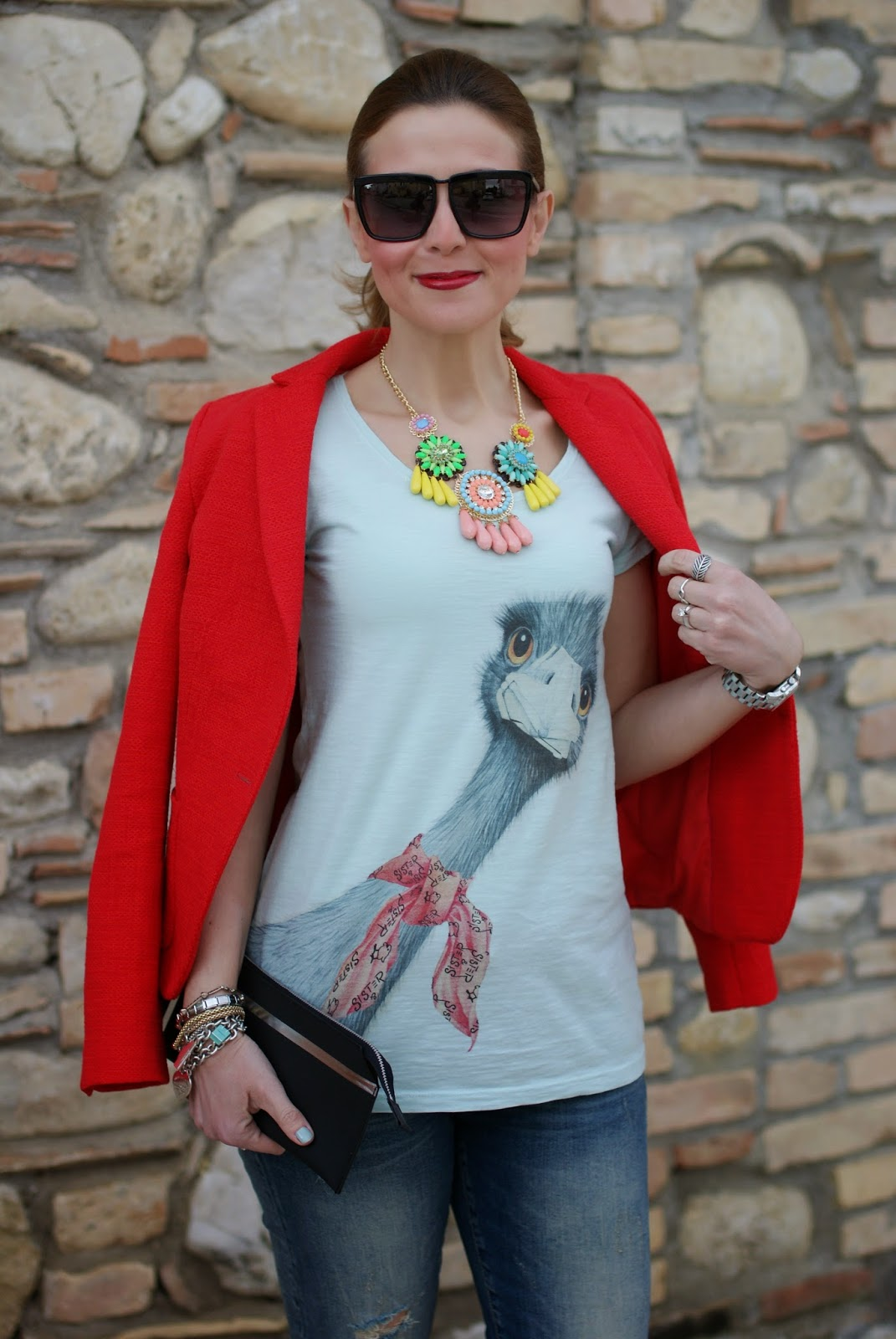 ostrich tee, sister & sister, t-shirt con struzzo, zara blazer, Nike free run sneakers, Fashion and Cookies, fashion blogger