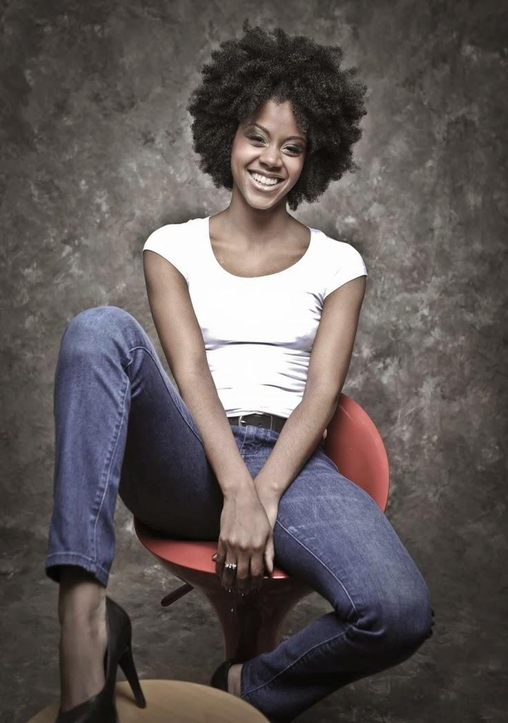 Cheveux afro naturel photos afro coiffure coupes for Coupe cheveux afro naturel