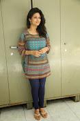 Supriya aysola glamorous photos-thumbnail-20