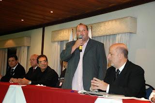 Vice-prefeito Márcio Catão (de pé): evento movimenta o turismo e a economia da cidade