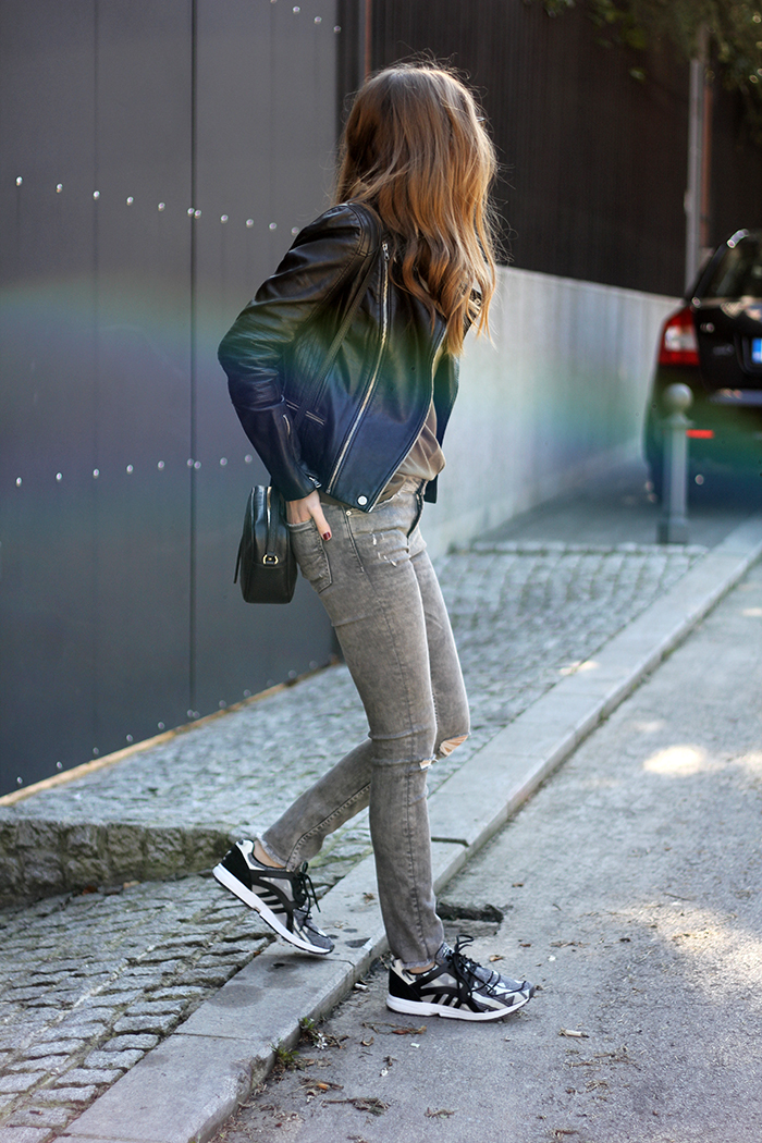 Skinny Jeans and Sneakers