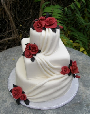 Delicious White and Red Wedding Cakes