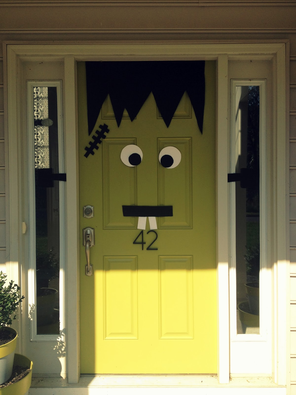 Cute halloween door decorations - Halloween Decor 2012