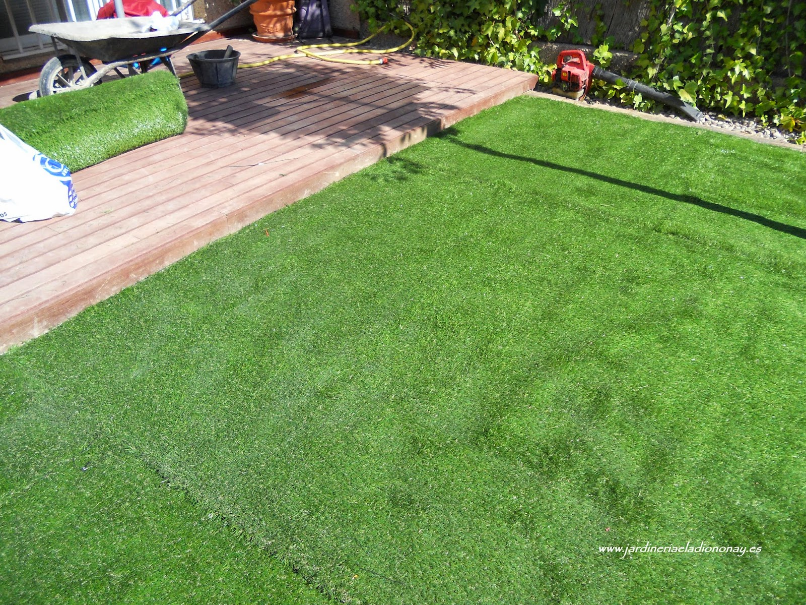 Jardineria eladio nonay como instalar c sped artificial Instalar cesped artificial
