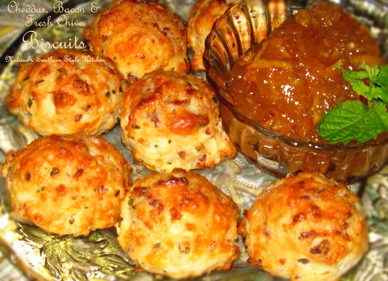 Cheddar Bacon And Fresh Chive Biscuits - melissassouthernstylekitchen ...