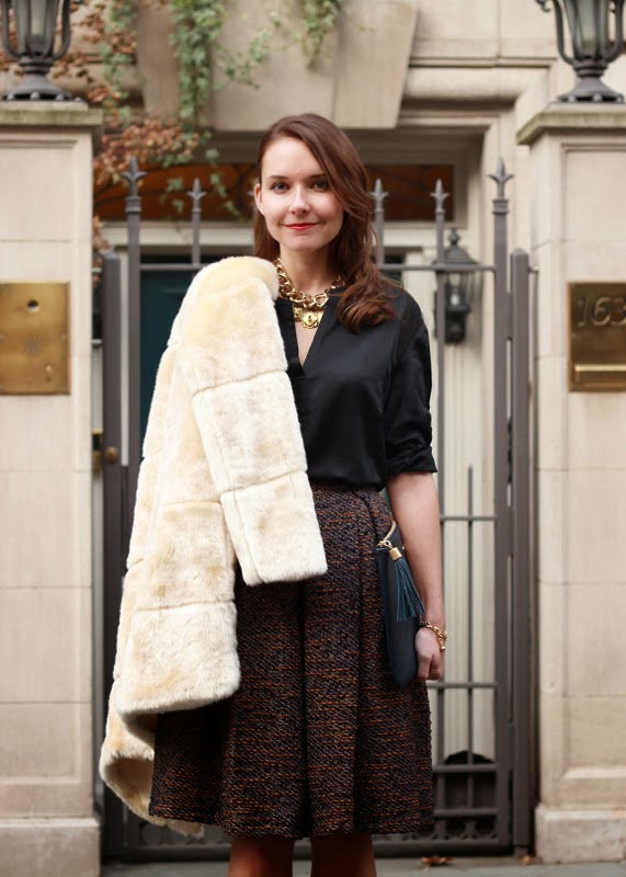 The Steele Maiden: Holiday Moments of Chic with Piperlime