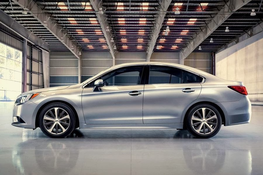 Subaru Legacy Saloon (2015) Side