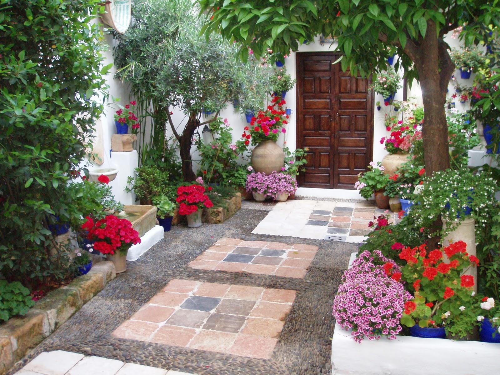 Arte y jardiner a jard n mediterr neo - Patios con estilo ...