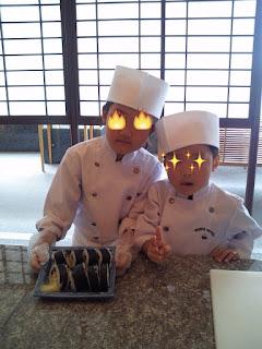 完成した巻き寿司(キッズアカデミー 板前さんと巻き寿司作り体験)
