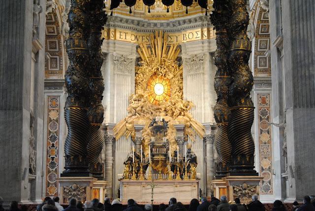 http://2.bp.blogspot.com/-1II8XcfzU7U/T0EK49iE4wI/AAAAAAAADYw/-298_BhTXYo/s1600/Cattedra+S_Pietro2.jpg