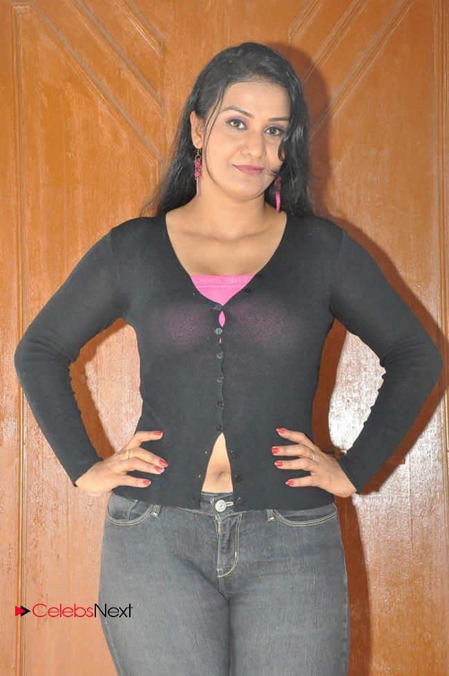 Indian desi naked telugu wife hd 1080p - 2 2