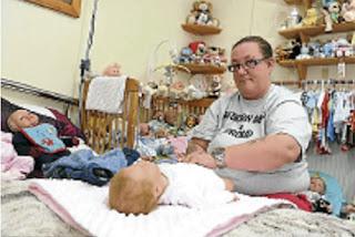 gambar bayi palsu,suami terabai
