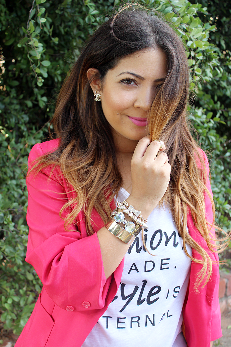 pink blazer, statement t shirt, fashion fades, style is eternal, ripped jeans, ripped boyfriend jeans, ootd, black ankle strap heels, zara chain bag, gold arm party, long ombre hair, ombre hair curls, fashion blogger, cape town, chanel earrings