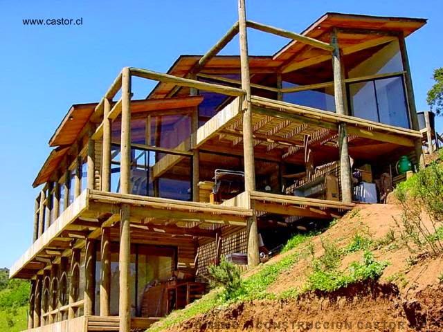 Arquitectura de casas casa de madera contempor nea tipo for Casa moderna en la montana