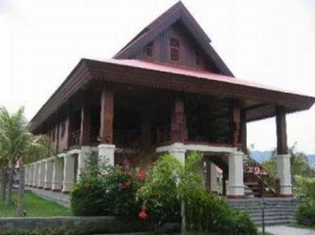 Rumah Adat Dulohupa