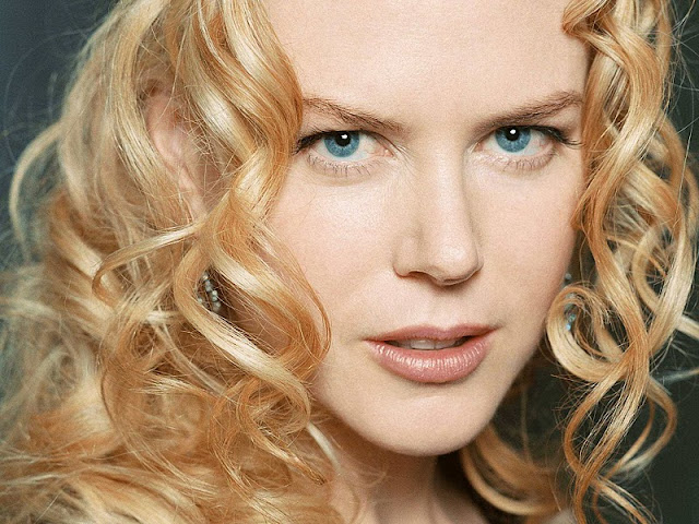 Nicole Kidman Biography and Photos