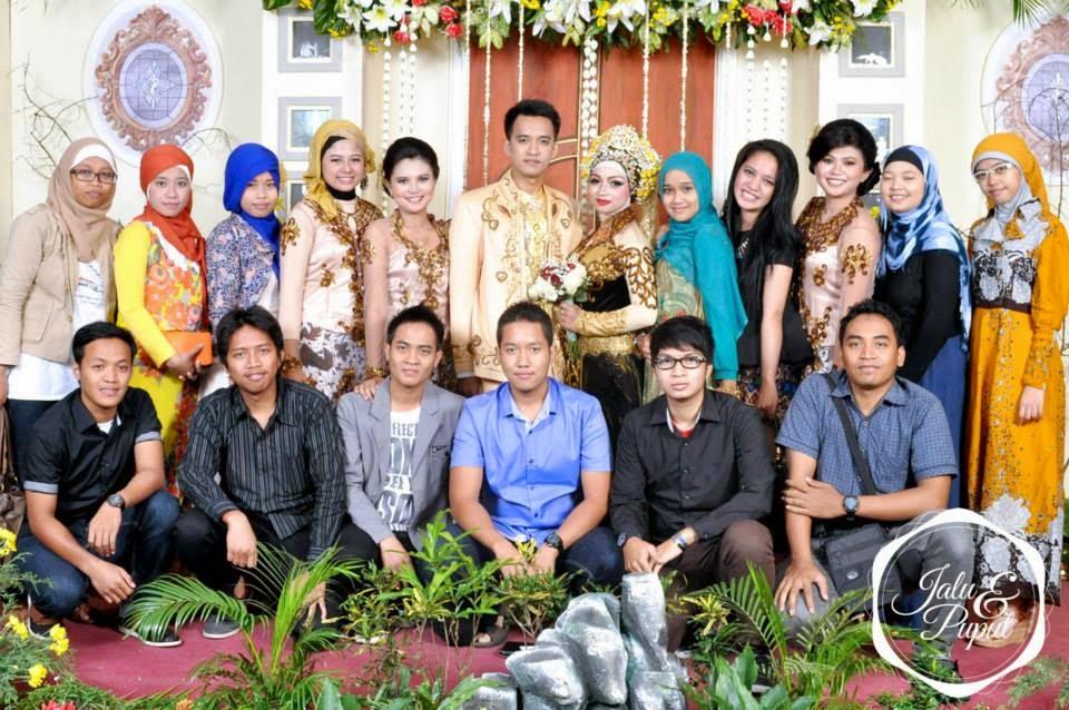 Pernikahan salah seorang teman