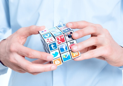 Cara mudah mendapatkan follower twitter, instagram, pinterest dan facebook dengan gratis.