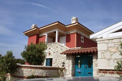 02-Derinkuyu-Anatolia-Turkey-Secret-Underground-Cities-Architecture-www-designstack-co