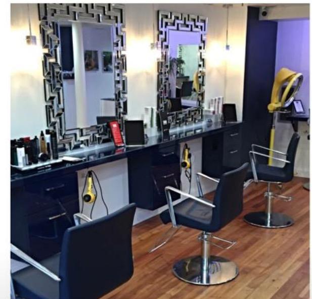 NS Lifestyles: Le Salon Bleu