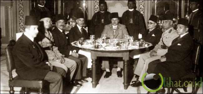 Raja Mesir Mencuri Jam dari Winston Churchill