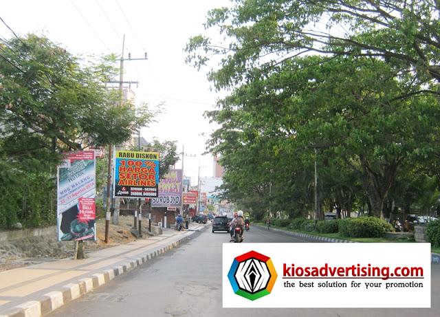 Jasa Pemasangan, Cetak, Pengurusan Perijinan Vertical / Street / T Banner
