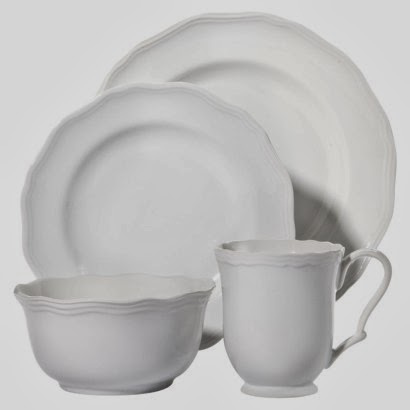 ... Threshold 16 -piece dinnerware set for 59.99 at Target.. I knew this was for us! Sold to me!! (All of the new Threshold items in the store are so cute!)  sc 1 st  raymer place & RAYMER PLACE: Steal of the Week- Dinnerware