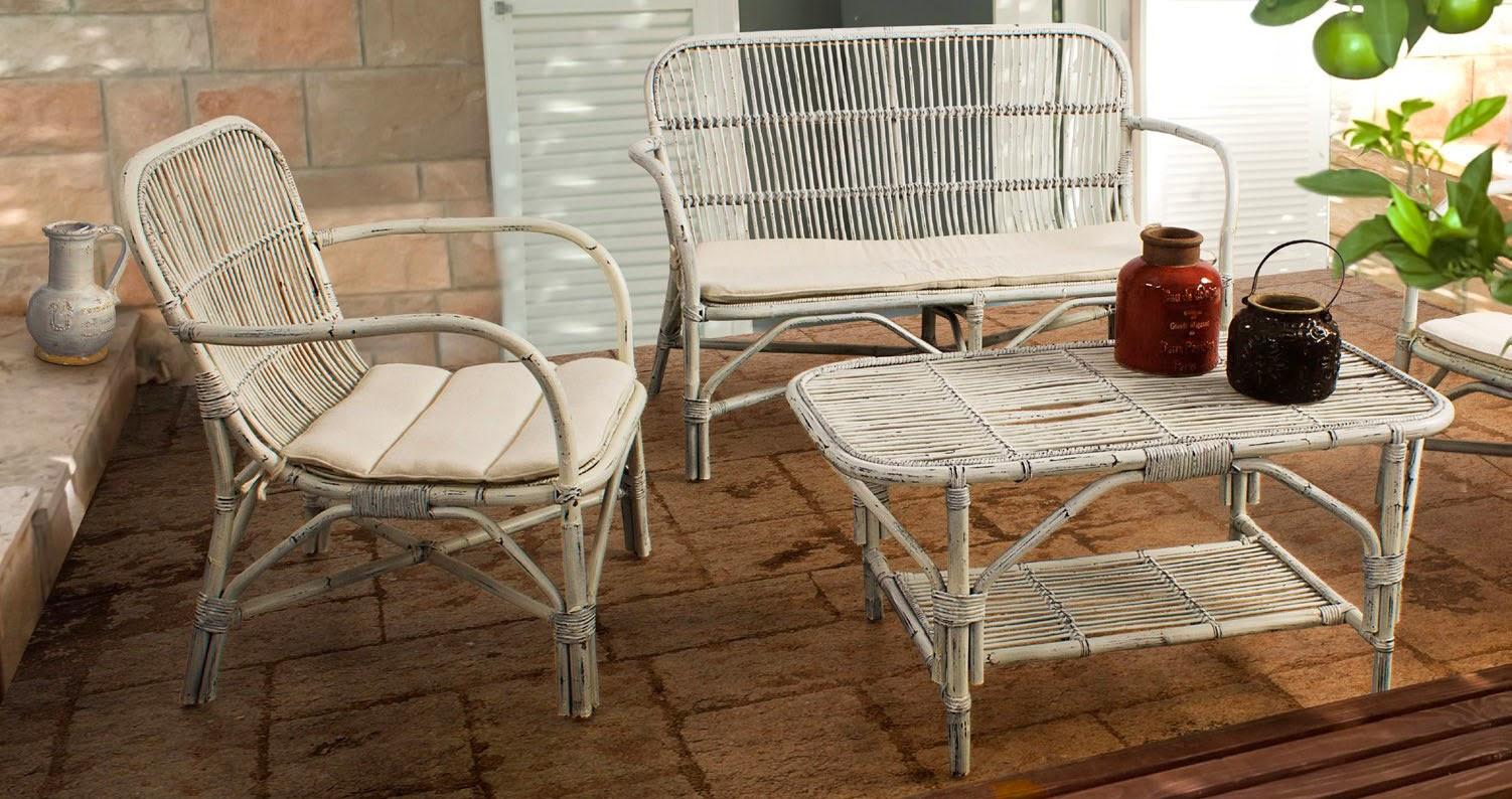 http://www.portobellostreet.es/mueble/35057/Salon-blanco-de-jardin-Rosita