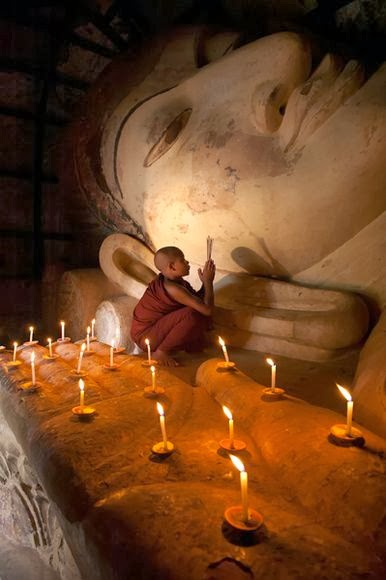 Biksu Buddha