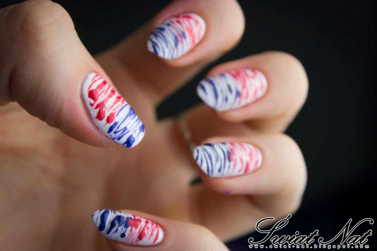 nailart white blue red